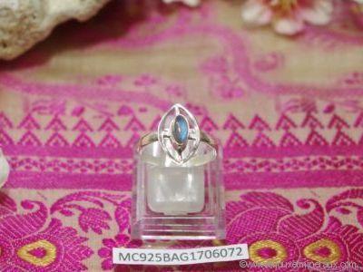 Bague Labradorite forme cabochon en argent 925° - Orfèvrerie Inde