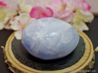 Galet Calcite bleue