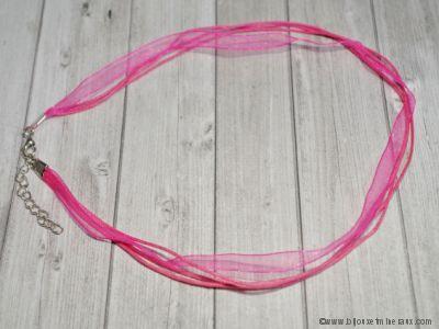 Cordon ruban rose avec fermoir